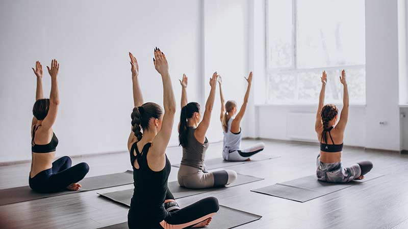 formaciones de yoga con alojamiento