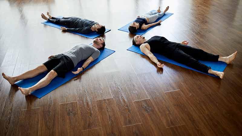 beneficios de practicar yoga nidra